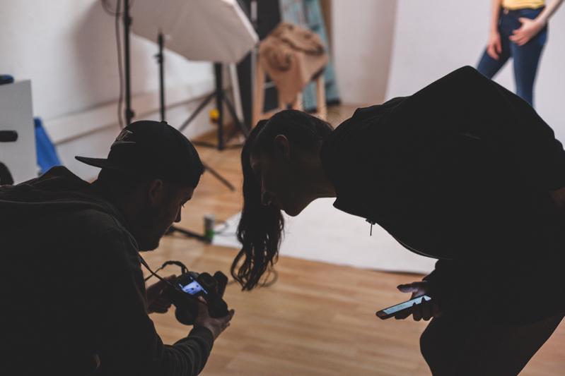 Adrian-Zalez-alquiler-estudio-fotografico-cadaver-exquisit-1