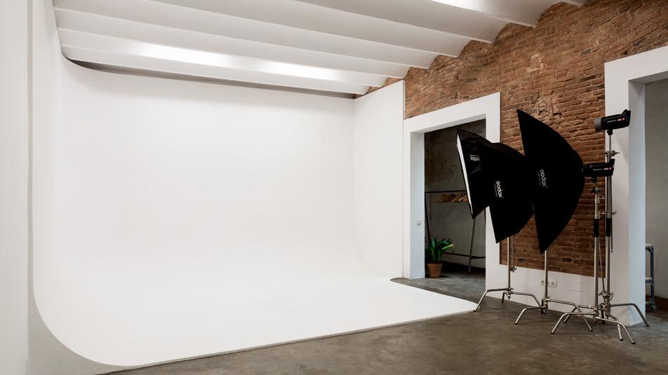 alquiler-estudio-fotografico-plato-3-cadaver-exquisit