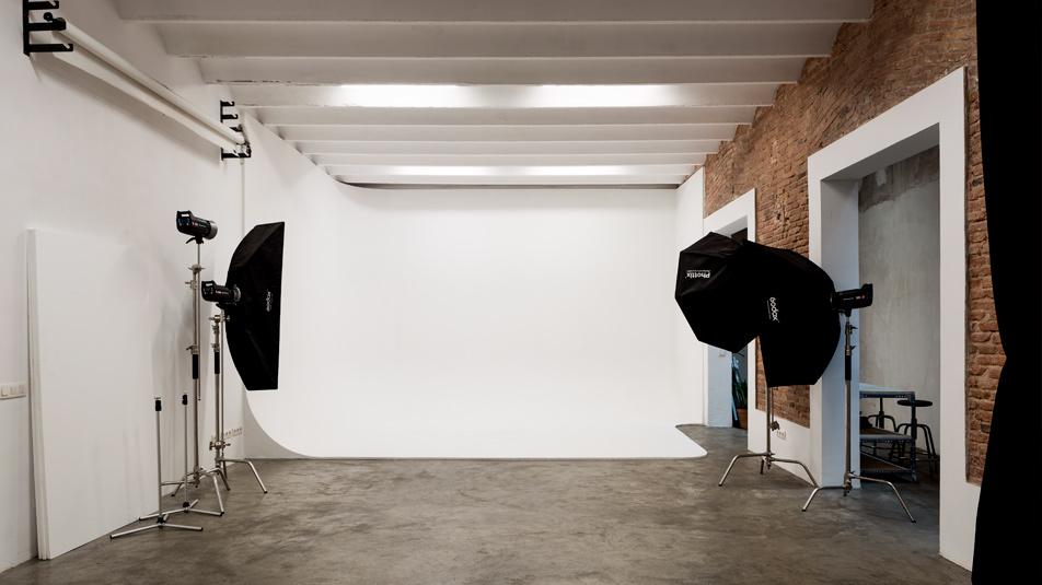 alquiler-estudio-fotografico-plato-4-cadaver-exquisit